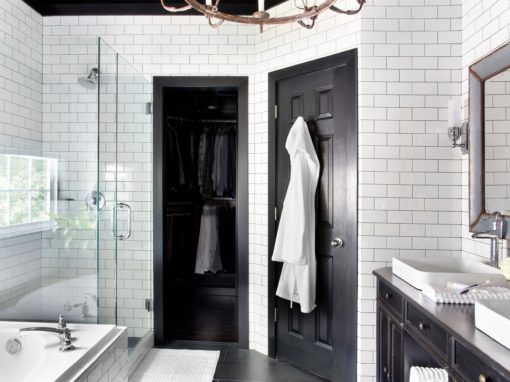 Black & White Master Bath